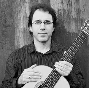 עודד שוב מורה לגיטרה קלאסית